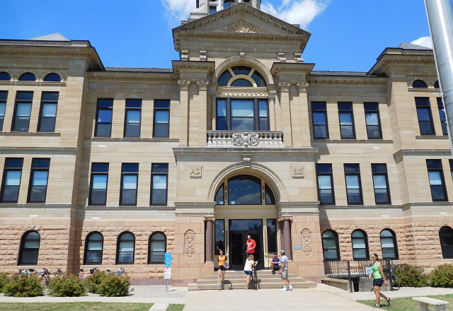 Benton County closing front door to courthouse, installing